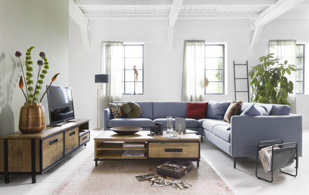 Blauwe Design Bank.Woontrends Inspiratie Onze Favoriete Blauwe Banken